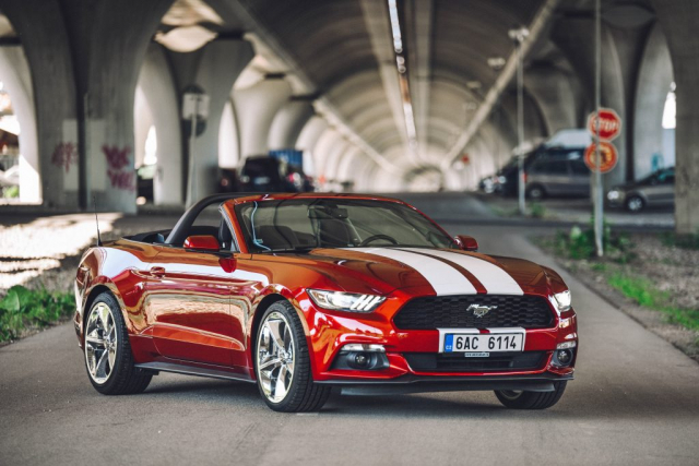 Mustang Cabrio požičovňa
