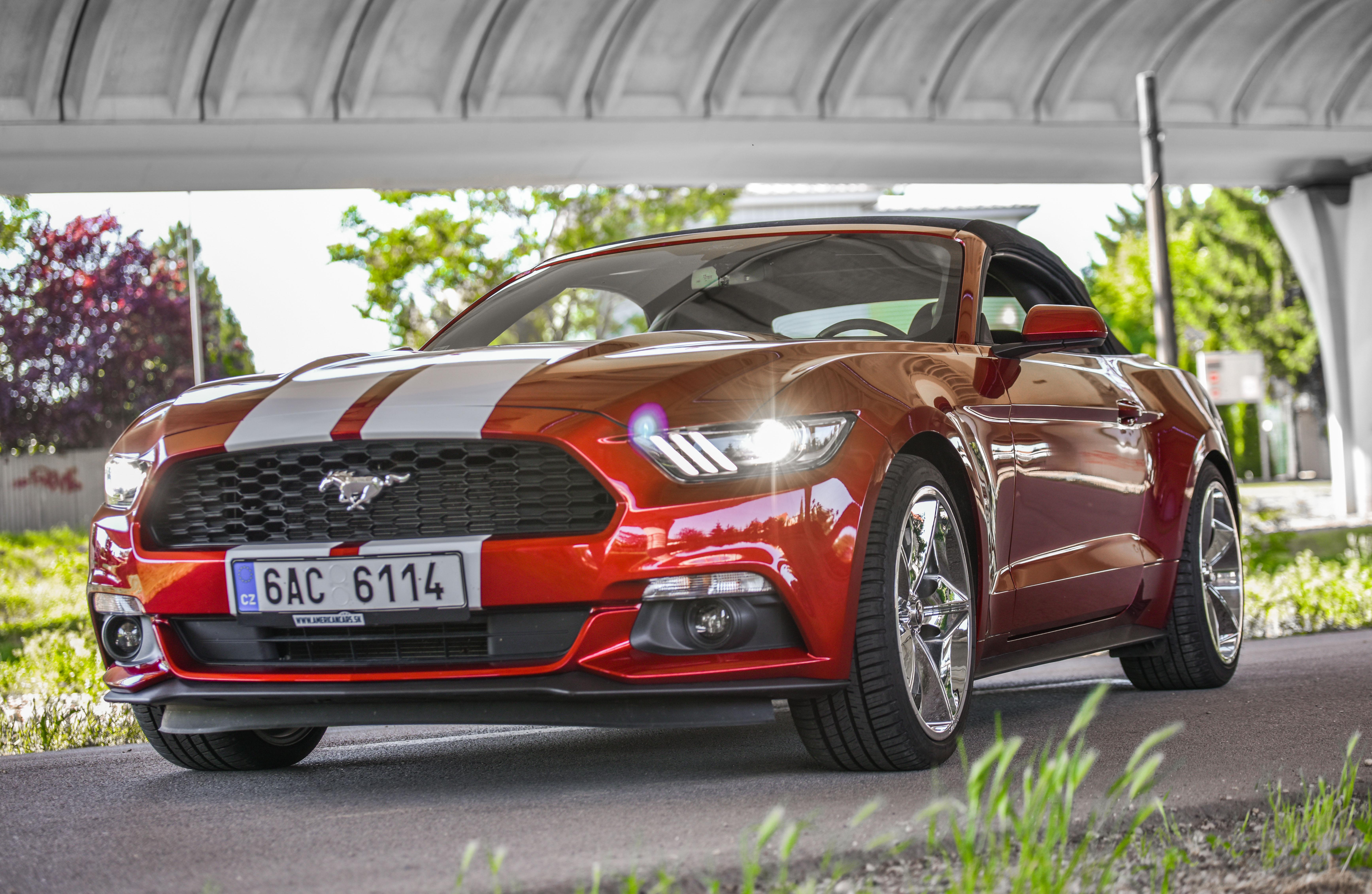 Pozicovna americkych aut - Mustang Cabrio