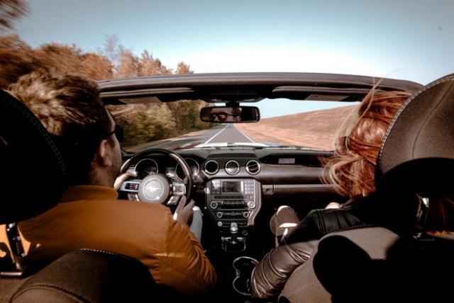 Požičaj si ma Mustang Cabrio Bratislava Mustang Cabrio V6 Shelby