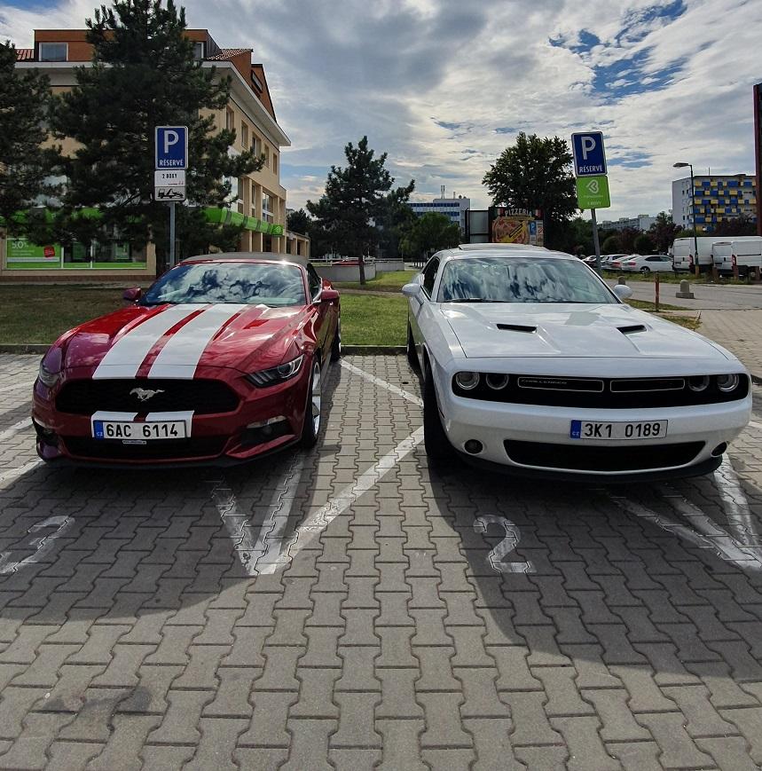 Prenajmi si ma Mustang a Dodge 4. hodina zdarma