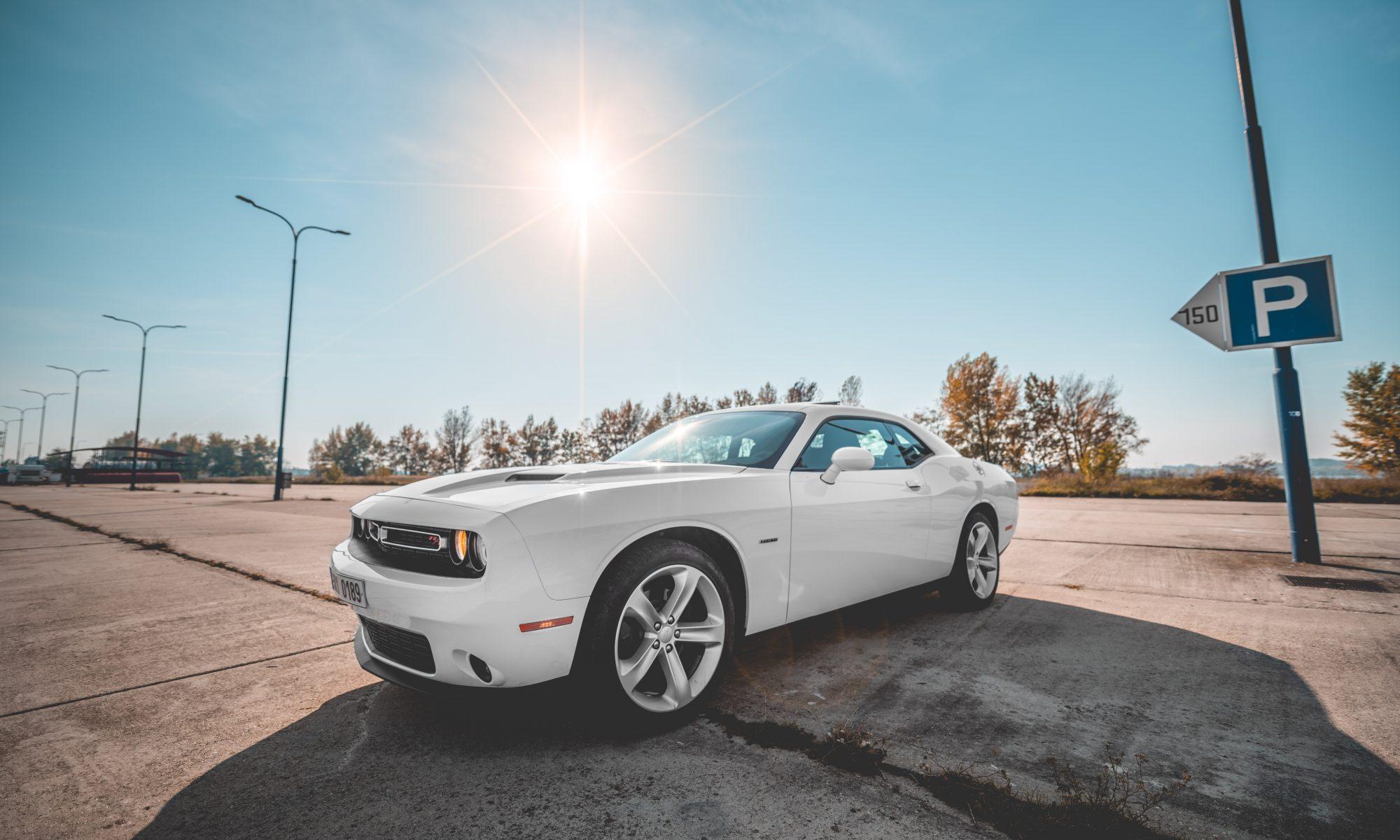 Požičaj Dodge Challenger RT